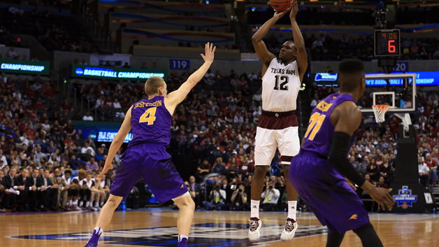 OKLAHOMA CITY, OK - MARCH 20:  Jalen Jones #12 of the Texas A&M Aggies shoots the ball over Paul Jesperson #4 of the Northern Iowa Panthers during the second round of the 2016 NCAA Men's Basketball Tournament at Chesapeake Energy Arena on March 20, 2016 in Oklahoma City, Oklahoma.  (Photo by Tom Pennington/Getty Images)