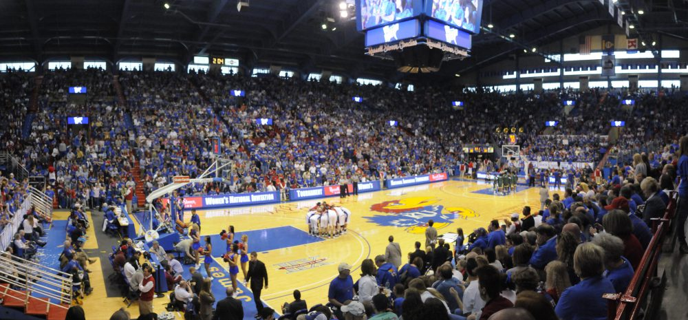Richard Gwin/Journal-World Photo bkw_KU__South_Flordia Loosing 75-71 the Lady Jayhawks bowed out to the South Florida Bulls on Saturday April 6th 2009.